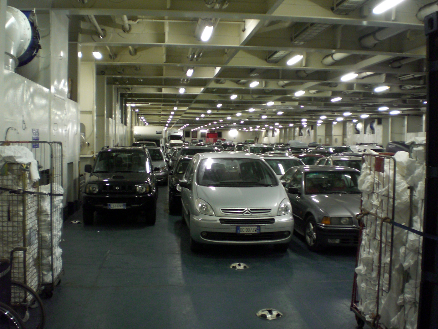 Navi e armatori approdi di passione for 2 costi di costruzione del garage per auto