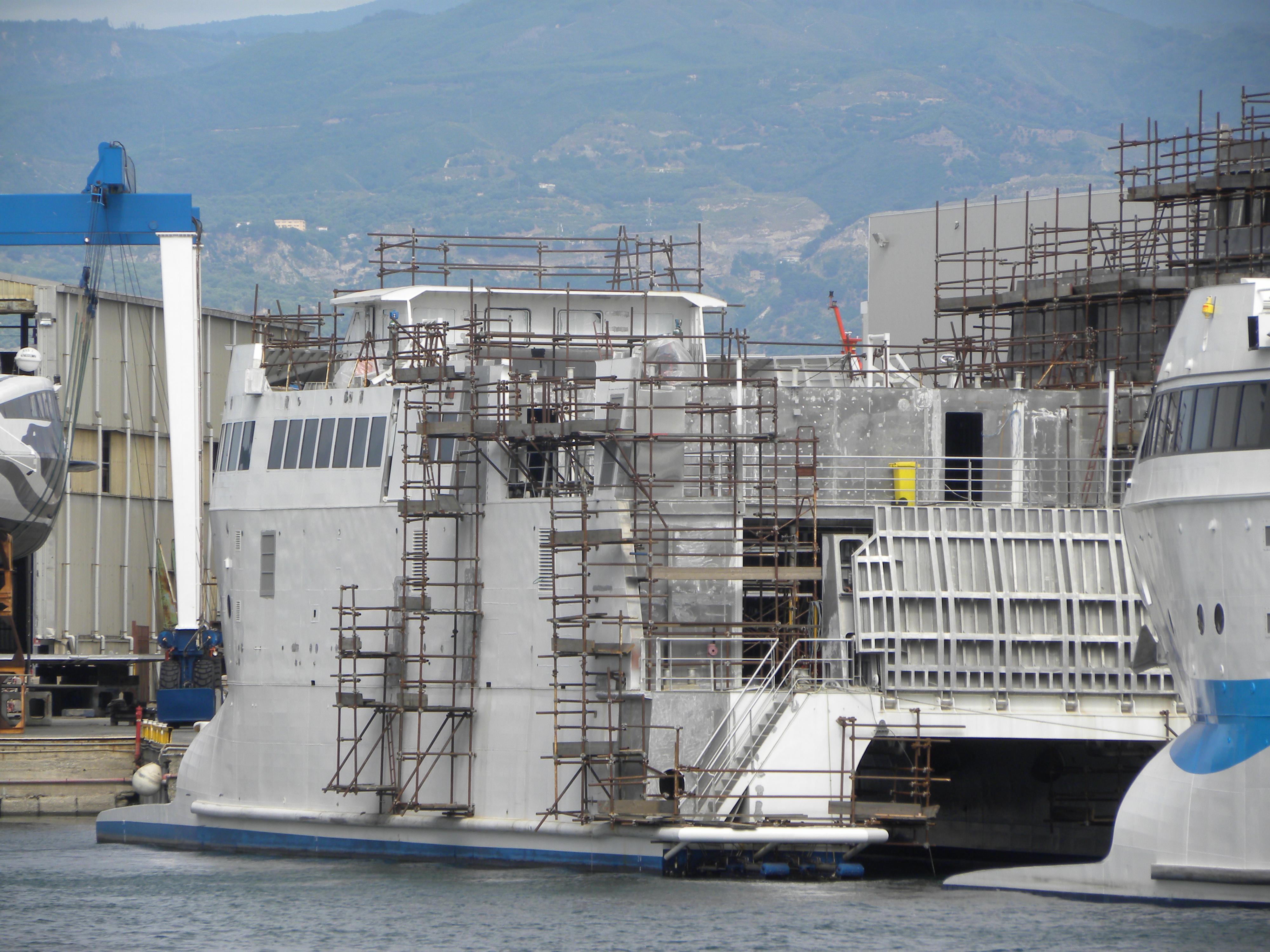 Navi e armatori approdi di passione for Dimensioni finestre velux nuova costruzione