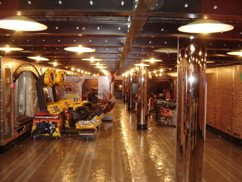 Navi e armatori approdi di passione for Sala giochi del garage