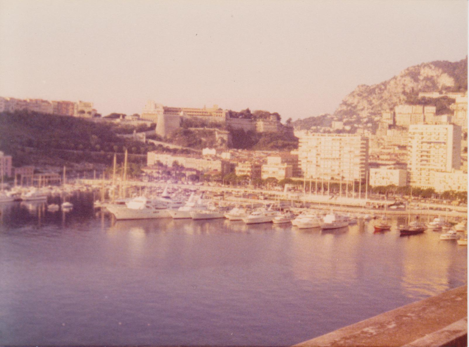 Navi e armatori approdi di passione for Porto montecarlo